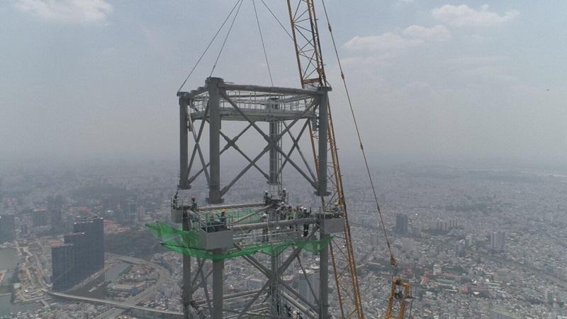 Construction Cranes - Mace Group