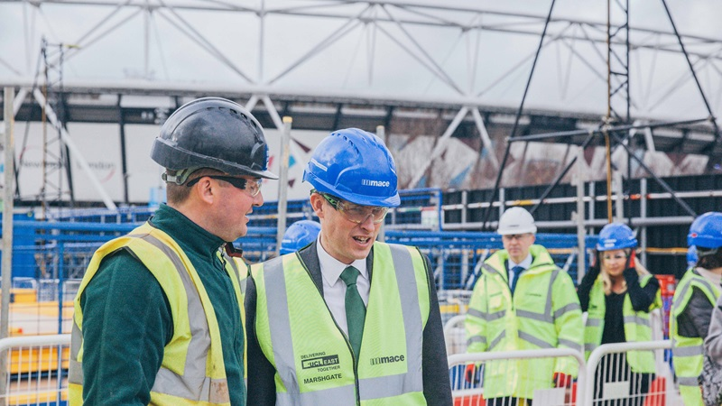 Mace People: Gavin Williamson MP Visits a Construction Site - Mace Group