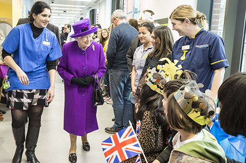 Mace People: Her Majesty The Queen - Mace Group