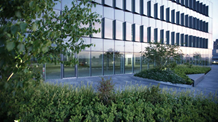 Building and green space Mace Group