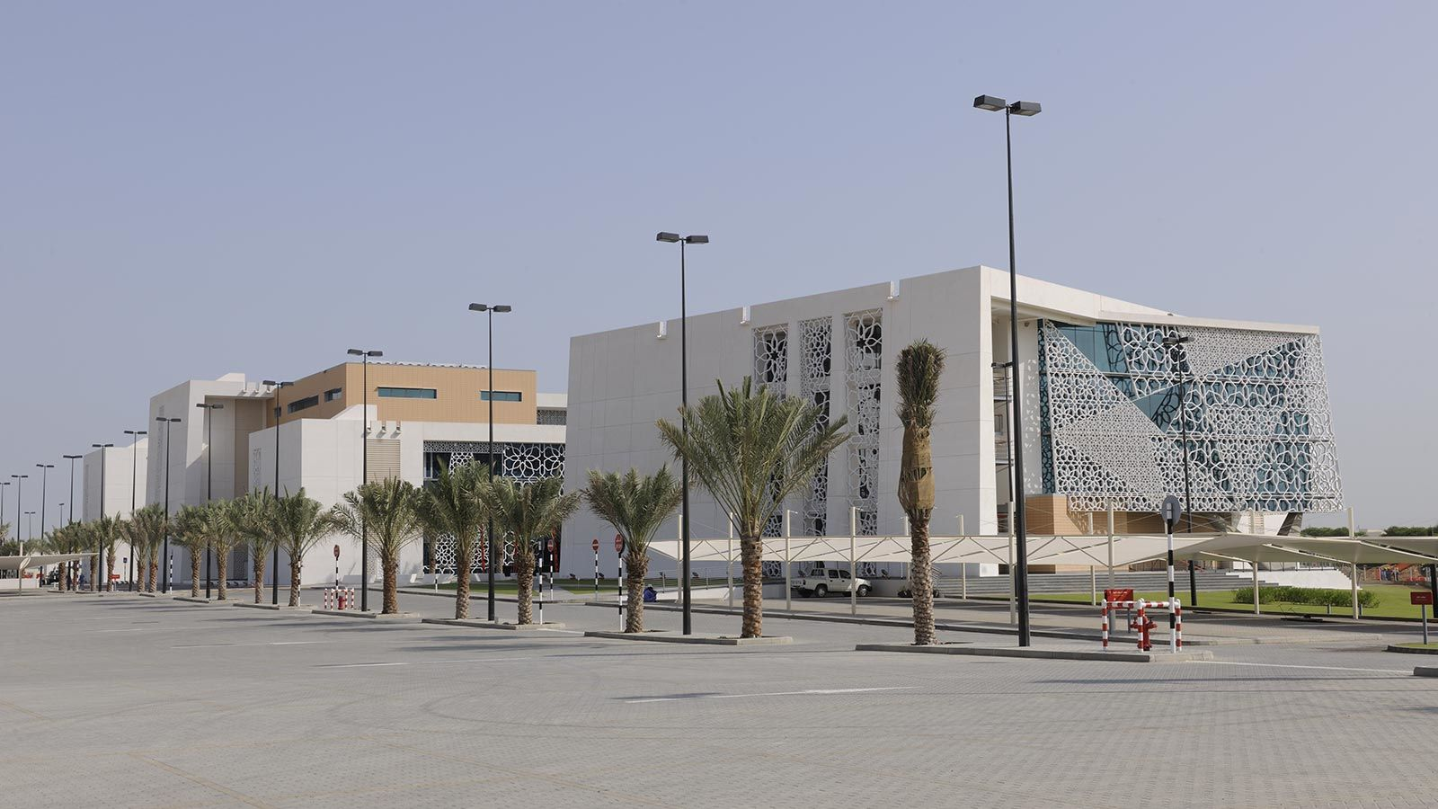 Bank of Muscat Building Exterior - Mace Group