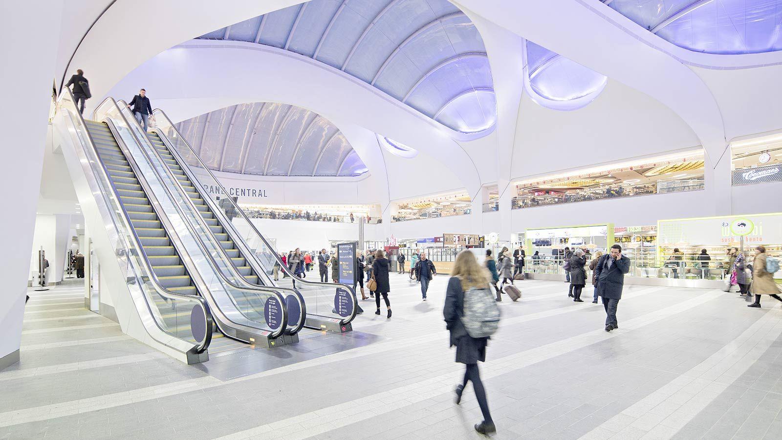 Birmingham New Street Station Escalator - Mace Group