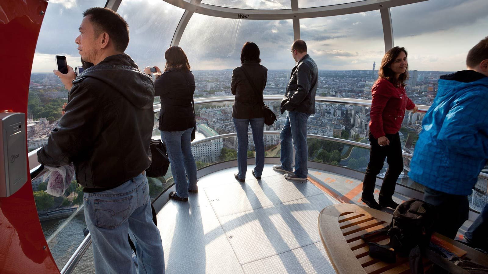Inside London Eye's Dome - Mace Group