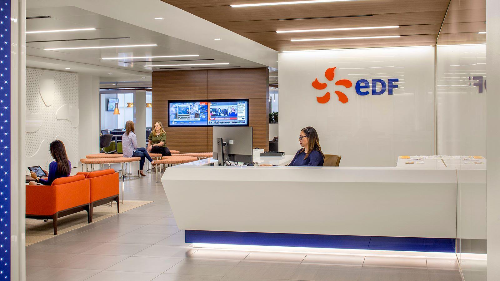 EDF Houston Building Reception Desk - Mace Group