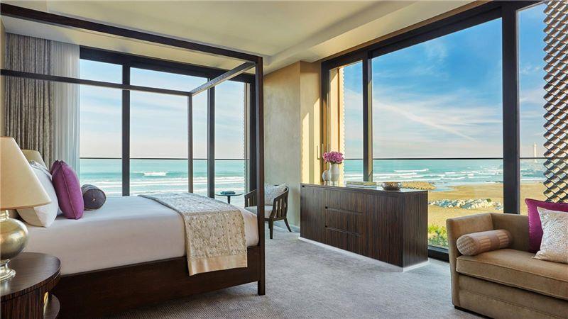 Four Seasons Hotel, Luxury Sea View Room - Mace Group