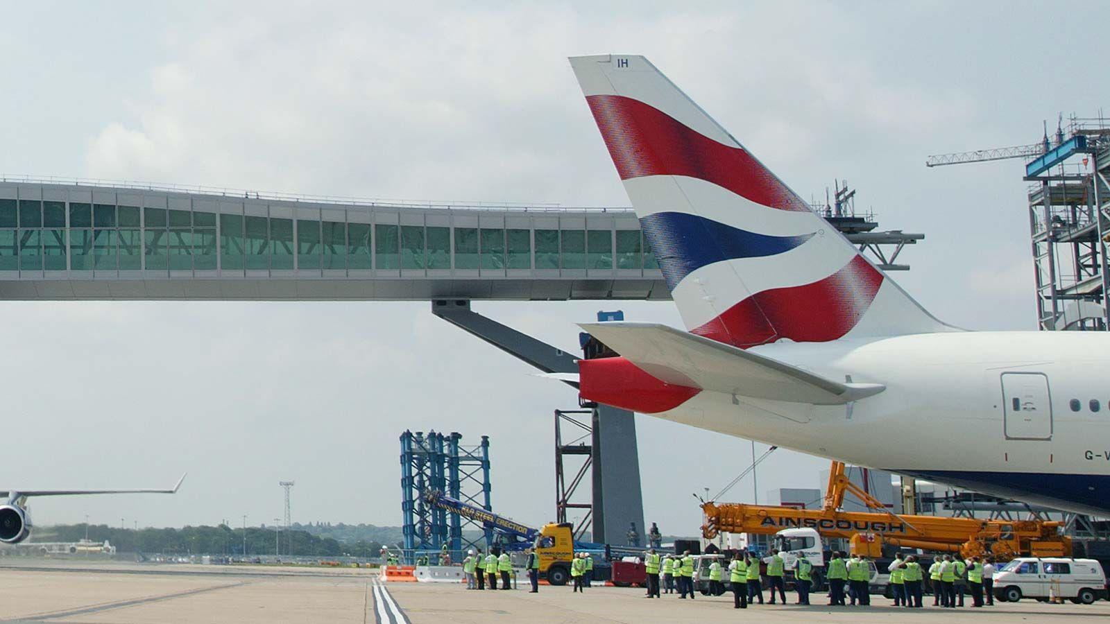Gatwick Airport Pier - Mace Group