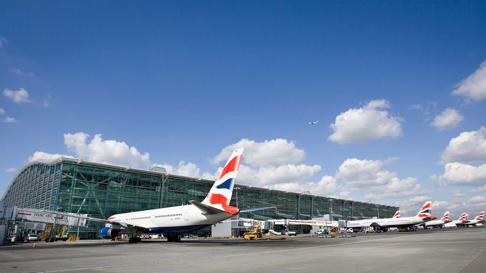 British Airways' Parked Planes, London Heathrow T5 - Mace Group