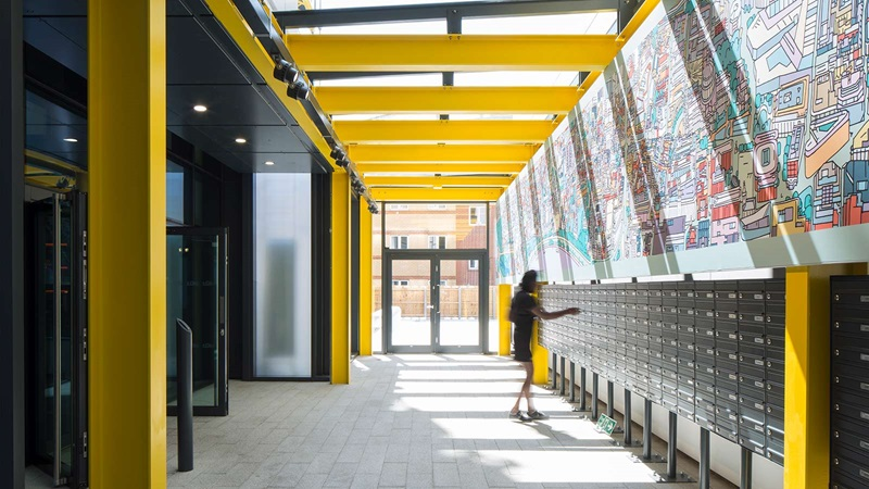 Entrance atrium at Highpoint Building - Mace Group