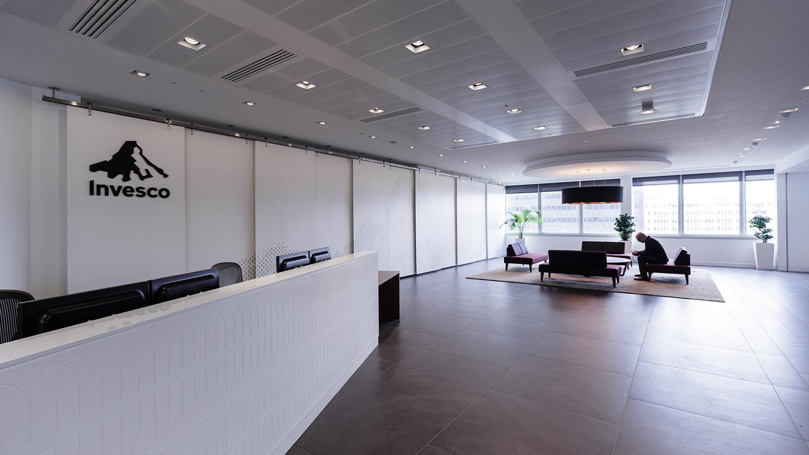 Reception Desk, Invesco - Mace Group