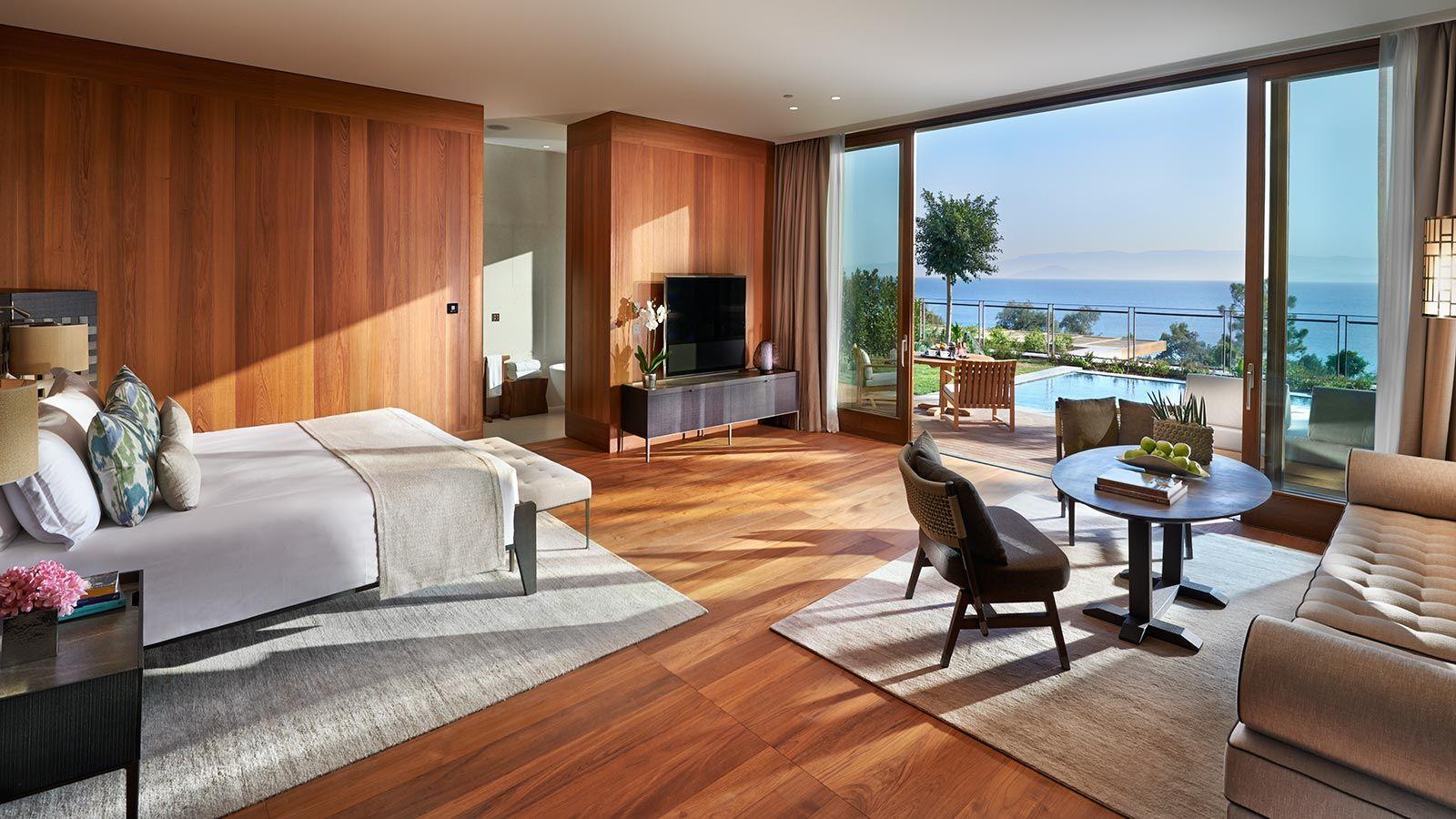 Guest Bedroom Sea View, Mandarin Oriental Hotel - Mace Group