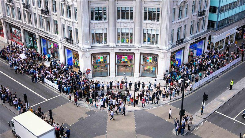 Microsoft Flagship Retail Store, London Oxford Street - Mace Group