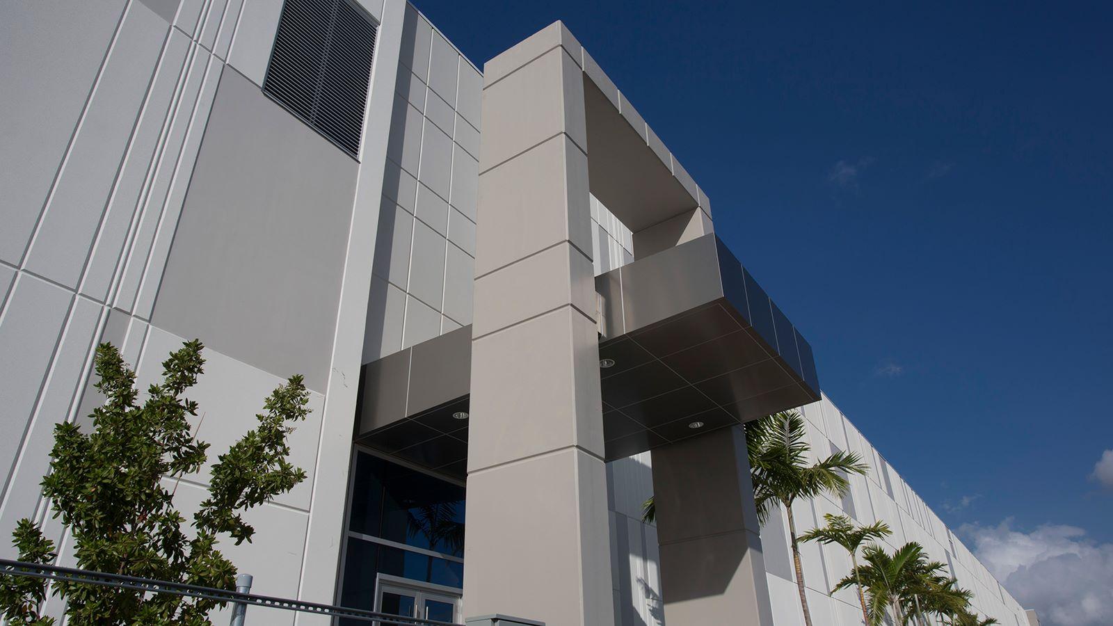 Telemundo Collaborative Campus Building in Miami - Mace Group