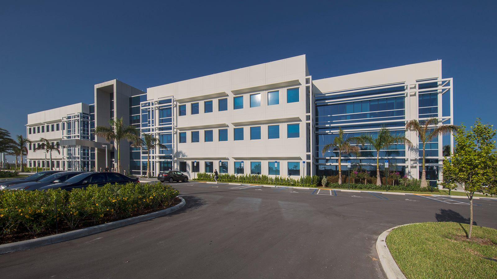 Telemundo Collaborative Campus Building Exterior, Miami - Mace Group