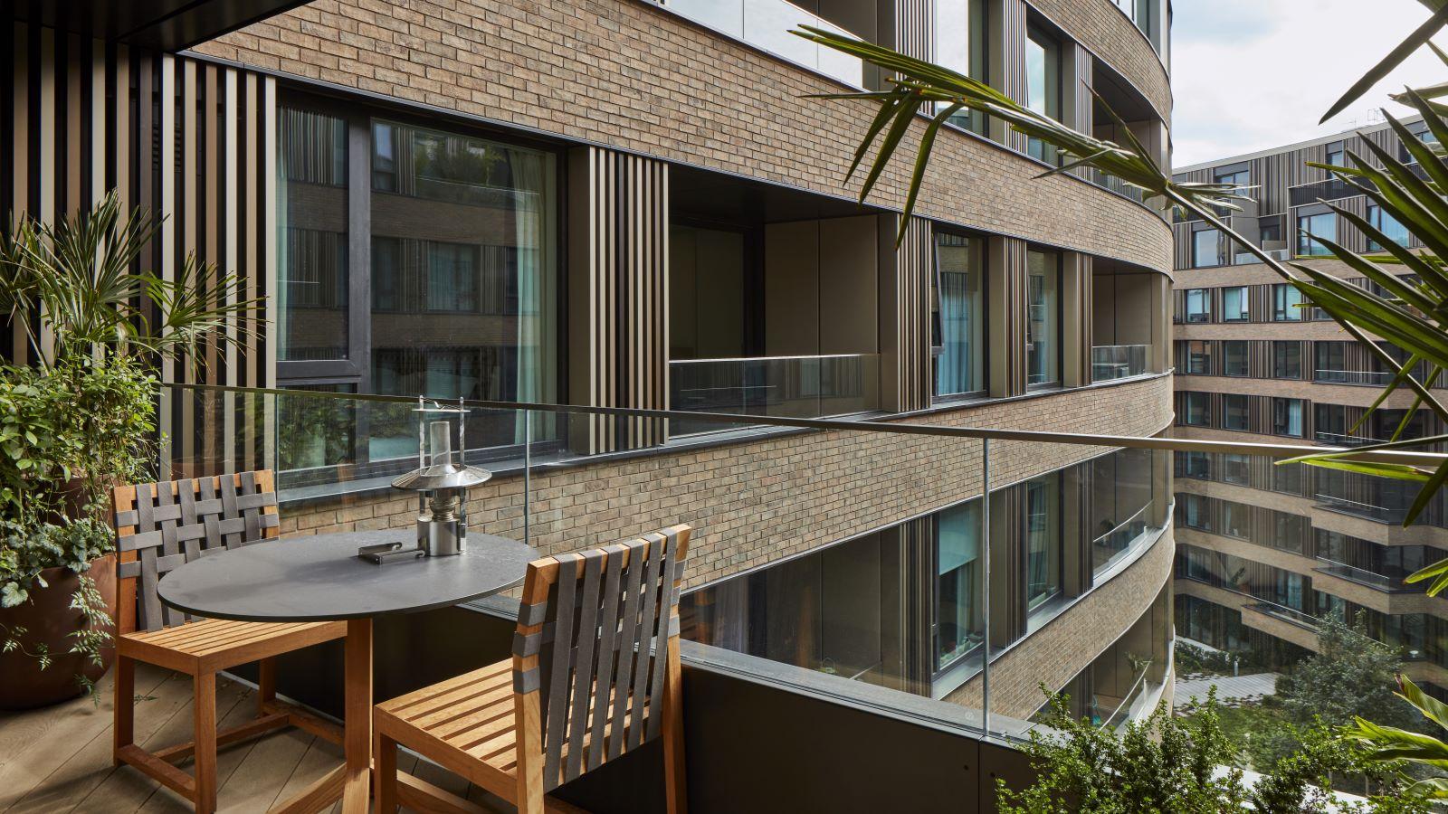 Television Centre Accommodation Balcony - Mace Group